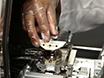 Demonstration av en Hyperlens-integrerat Mikroskop och super-upplösning Imaging thumbnail